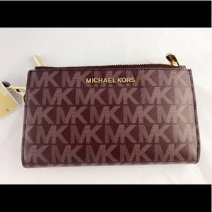 *SOLD* Authentic Michael Kors Wallet NWT